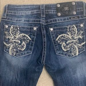 Miss Me size 26 Signature-Rise Boot cut jeans